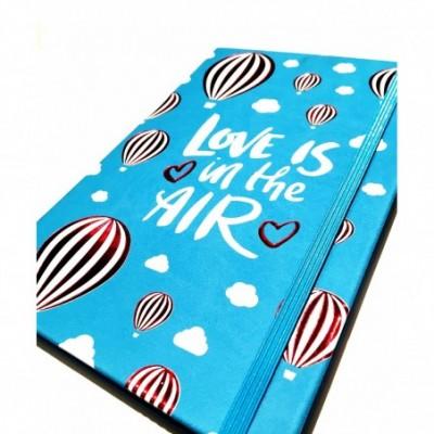 Cuaderno cierre elástico 14x21 cm x96 hojas rayadas LOVE IS IN THE AIR Talbot